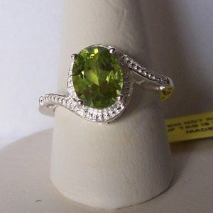 Hebei Peridot Sterling Silver Solitaire Ring Sz 6